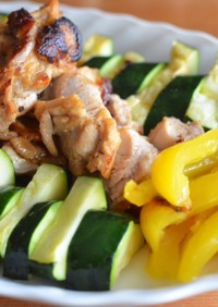 ズッキーニ旨♡焼き夏野菜と鶏もも肉ソテー
