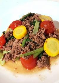 鉄フライパンで牛肉と青菜トマト炒め