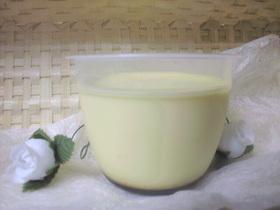 卵黄と生クリームの濃厚プリン