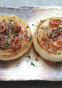 玉ねぎにガーリックバター醤油のせステーキ