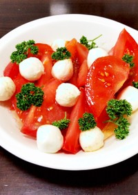 モッツァレラチーズトマト