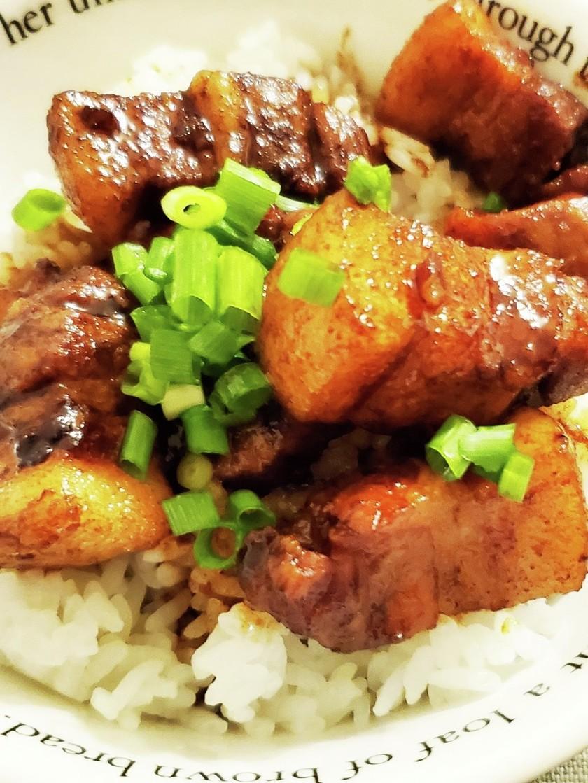 市販のタレを使って魯肉飯
