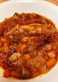豚バラ肉とトマトの赤ワイン煮込み