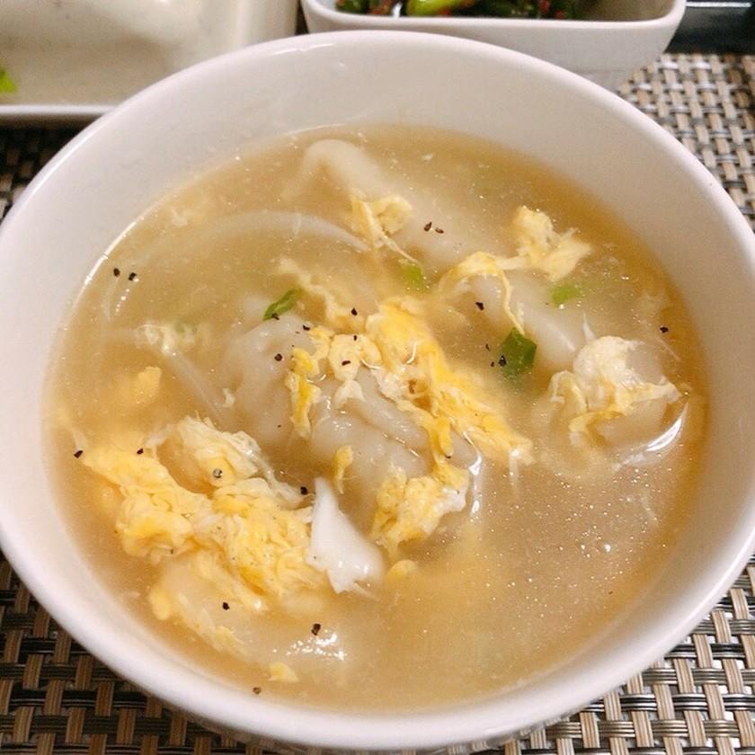 韓国調味料ダシダで簡単餃子スープ