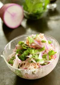 大葉と赤大根とサラダフレーク簡単サラダ