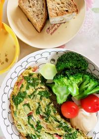 朝ごはんに!野菜チーズオムレツ