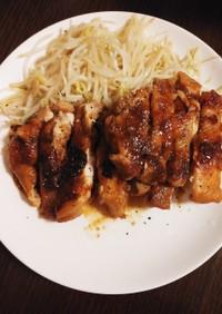 簡単☆鶏もも肉のニンニク醤油煮