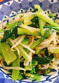 パッと簡単!小松菜ともやしのピリ辛ナムル