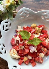フィリピン♡塩卵と甘いトマトのサラダ