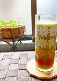 10種野菜&フルーツのグリーンスムージー