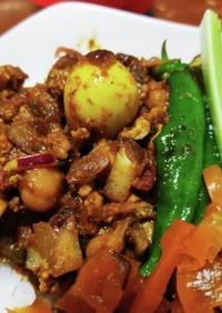 鶏ひき肉と万願寺とうがらしのキーマカレー