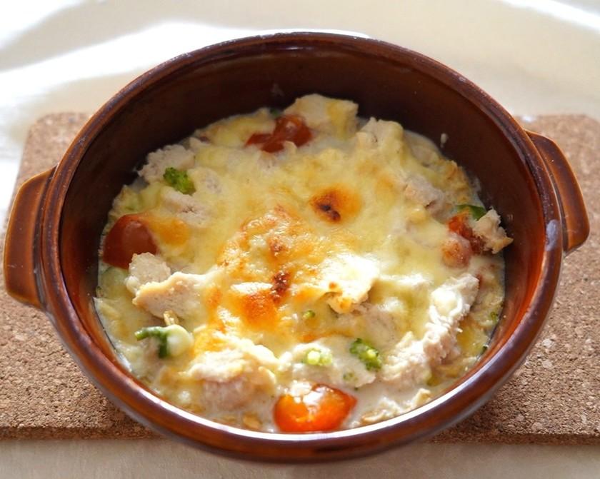朝食に簡単♪オートミールクリームグラタン