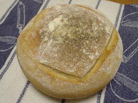 シンプルな食事パン