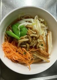 作り置き野菜とレンチン麺で冷やしラーメン