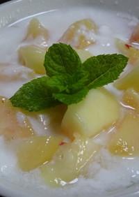 桃のヨーグルト