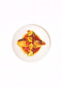 鮭のムニエル、レモンバターソース。