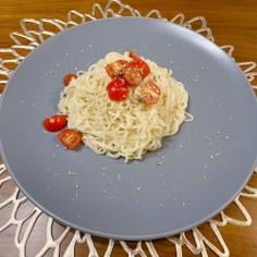 トマトとオイルの冷やしラーメン