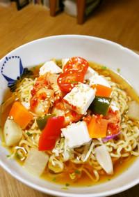 豆腐&キムチ&ピクルスの冷やしラーメン