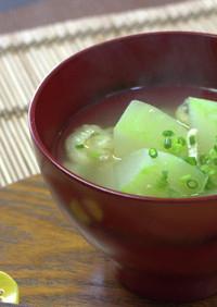 今日の味噌汁★冬瓜のお味噌汁【動画】