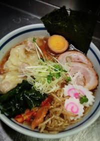 鶏ガラとホタテの出汁で醤油ラーメン!!