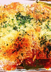 エビと野菜のトマトソースチーズ焼き
