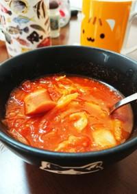 夏にアツアツスタミナにんにくトマトスープ
