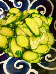 ごはんにも合う!いくらでも食べられる胡瓜の写真
