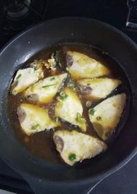 鰹タタキを生姜醤油で煮付け