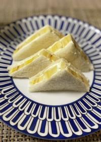 バナナとクリームチーズサンド