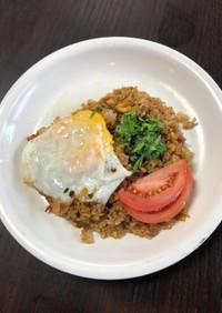 ナシゴレン(インドネシアの炒飯)