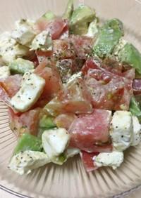 簡単おかず:マグロアボカドクリチーサラダ
