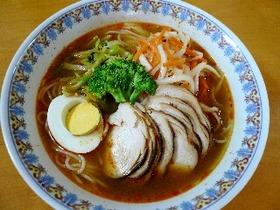 自家製チャーシューとナムルで絶品韓国温麺