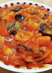 ジャガイモとなすのトマトソース煮込み