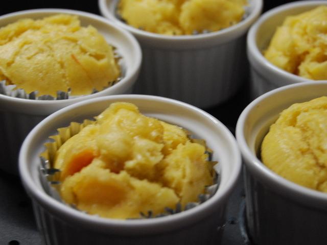離乳食にもおすすめ簡単柿蒸しパン