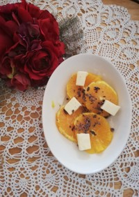 オレンジとカカオニブとチーズのサラダ