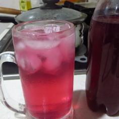 赤紫蘇ジュース(圧力鍋)梅シロップで色変