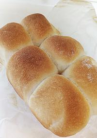ダッチオーブンで生クリーム入りちぎりパン