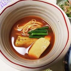 茄子と生麩の赤だし味噌汁