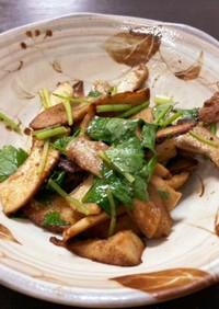 椎茸の軸と三つ葉のマヨ炒め