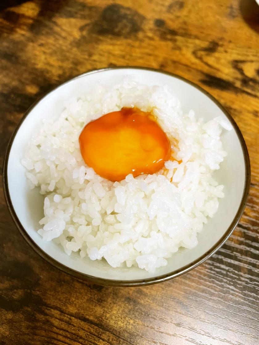 絶品の卵かけご飯!黄身の醤油漬け