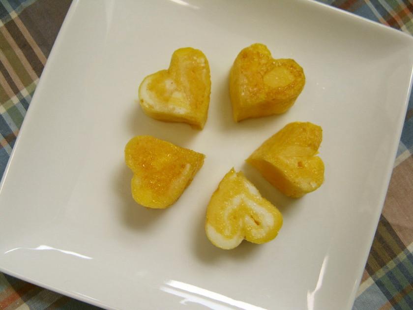 お弁当に❤くっついてるハートの卵焼き❤