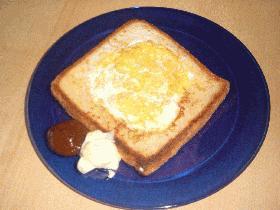 おやつや忙しい朝にぴったり!タマゴトースト