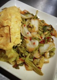 白菜とキャベツの酢漬けで甘辛炒め!