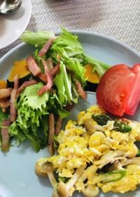 カリカリベーコンとカボチャのサラダ