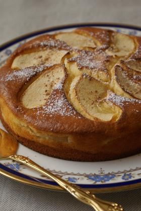 りんごたっぷりヨーグルトケーキ