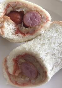 食パンでホットドッグ