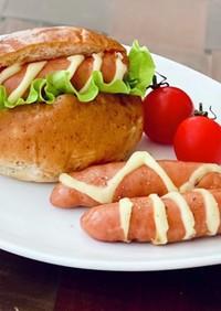 チーズを挟んだソーセージ★ホットドッグ
