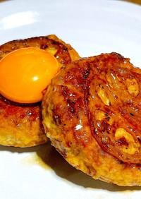 豆腐蓮根鶏つくねの卵黄乗せ