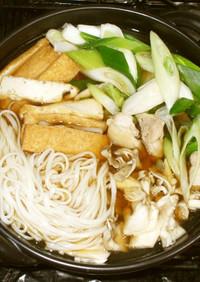 基本の鍋焼きうどん♪簡単鍋つゆ鍋スープ