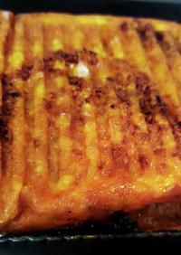 卵キャベツ肉トマトチーズのホットサンド